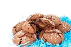 Schokoladenplätzchen mit Karamell Lizenzfreies Stockfoto