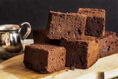 Schokoladenschokoladenkuchen mit dunklem Bier Lizenzfreie Stockbilder
