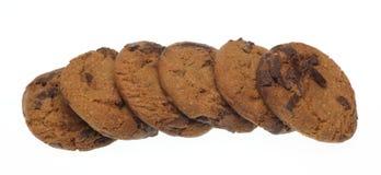 Schokoladensplitterplätzchen in einem weißen Hintergrund Lizenzfreie Stockfotos