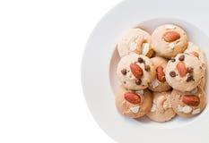 Schokoladensplitterplätzchen und Mandelgebäck. Lizenzfreies Stockbild
