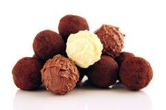 Schokoladentrüffeln stockfotos