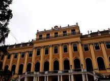 Schonbrunn - μπαρόκ παλάτι αρχιτεκτονικής ύφους στη Βιέννη Στοκ Φωτογραφία