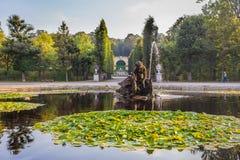 Schonbrunn pałac fontanna w Wiedeń Obrazy Stock