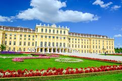 Schonbrunn pałac na słonecznym dniu Fotografia Royalty Free