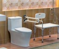 Schone hygiënische badkamers stock foto's