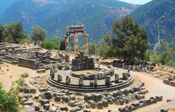Schongebiet von Athene Tempel von Athena Pronaia, Delfi, Athen, Griechenland stockfotos