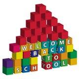 School die van stuk speelgoed blokken wordt gebouwd Royalty-vrije Stock Afbeelding