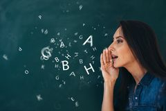 School, Engelse les ourse van het bestuderen van een vreemde taal royalty-vrije stock afbeelding