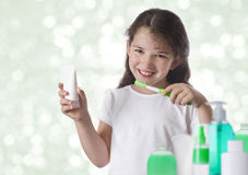 School girl brushing her teeth Royalty Free Stock Images
