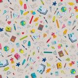 School Hand-drawn Gekleurd Naadloos Patroon van Symbolenkantoorbehoeften Stock Afbeeldingen
