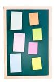 Schoolbord met kleverige nota's Royalty-vrije Stock Foto's