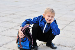 Schoolboy with backpack Royalty Free Stock Photos