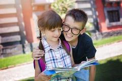 schoolkinderen Het concept van het onderwijs royalty-vrije stock afbeelding