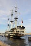 Schooner στον ποταμό Στοκ φωτογραφίες με δικαίωμα ελεύθερης χρήσης