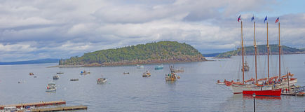 The schooner 'Margaret Todd' disembarks passengers Royalty Free Stock Image