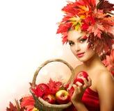 Schoonheid Autumn Woman Royalty-vrije Stock Afbeeldingen