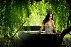 Schoonheid in een boot Stock Afbeelding