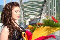 Schoonheid met Bloemen royalty-vrije stock foto's
