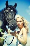Schoonheid met paard royalty-vrije stock foto