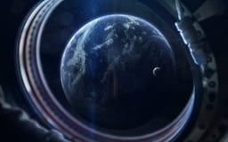Schoonheid van Aardeplaneet in eindeloze duisternis van ruimte Elementen van dit die beeld door NASA wordt geleverd stock fotografie