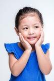 Schoonheids Aziatisch meisje headshot op witte achtergrond stock afbeelding