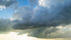 Schoonheids blauwe hemel en wolk Stock Foto's