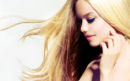 Schoonheids Blond Meisje Stock Foto's