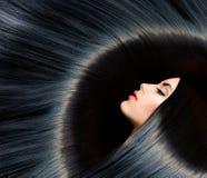 Schoonheids Donkerbruine Vrouw Royalty-vrije Stock Afbeelding