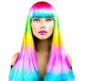 Schoonheids modelmeisje met kleurrijk geverft haar stock afbeelding