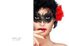 Schoonheidsmannequin met Hoge het Contrastmake-up van Carnaval stock afbeeldingen