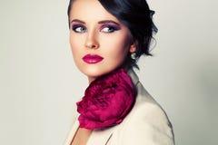 Schoonheidsmannequin Woman met Make-up en Bruin Haar Stock Afbeeldingen