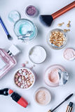 Schoonheidsmiddel en lichaamsverzorgingproducten stock fotografie