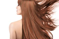 Schoonheidsmodel met schitterend lang haar met hoogtepunten Het kleuren t royalty-vrije stock foto