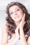 Schoonheidsvrouw met lange haren Royalty-vrije Stock Fotografie