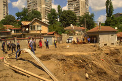 Schoonmaakbeurt na de overstroming van Varna Bulgarije 19 Juni Royalty-vrije Stock Foto