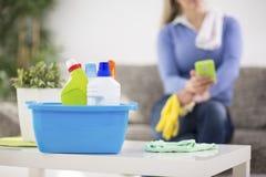 Schoonmakende producten klaar voor het schoonmaken Stock Foto