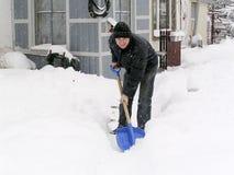 Schoonmakende sneeuw Royalty-vrije Stock Foto's