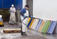 Schoonmakende vissencontainers Royalty-vrije Stock Fotografie