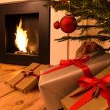 Schoorsteen en Kerstmisboom Royalty-vrije Stock Foto's