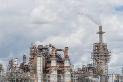 Schornstein an der Erdölraffinerie in Pasadena, Texas, USA lizenzfreie stockfotos