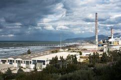 Schornsteine nahe der Küste Lizenzfreie Stockfotos
