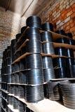 Schorskoppeling Het passen voor Plastic die pijpen in een van de het gebruiksloodgieterswerk of riolering van de pakhuiswerf inst stock foto