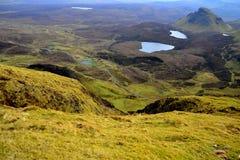 Schots landschap met bergen, heuvels, lochs en wegen Royalty-vrije Stock Afbeeldingen