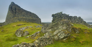 Schotse antieke steenbouw, broch Carloway Lewiseiland Stock Afbeeldingen