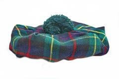 Schotse geruit Schots wollen stofhoed bonnet stock foto