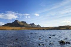 Schotse Hooglanden, meer en bergen van Ben Loyal Stock Fotografie