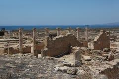 Schotterweg auf Zypern stockfotos