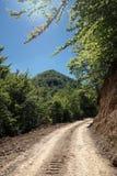 Schotterweg von Serbien lizenzfreie stockbilder