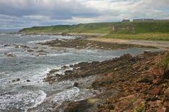 Schottische felsige Küste Lizenzfreies Stockfoto