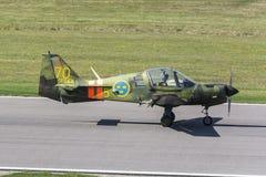 Schottische Luftfahrt-Bulldoggentrainerflugzeuge gerade gelandet Stockfoto